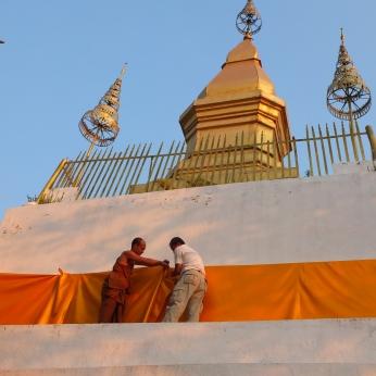 Phu si stupa