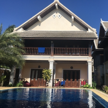 Vang Bua Pool